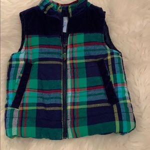 Vibrant Puffer Vest with pockets